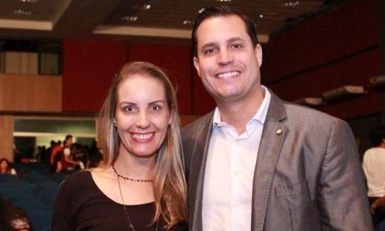 Irmã de deputado é demitida após PSL pedir pressa em julgamento de governador