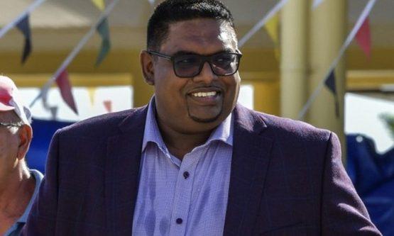 GUIANA: Nova recontagem de votos confirma vitória de Irfaan Ali para presidente