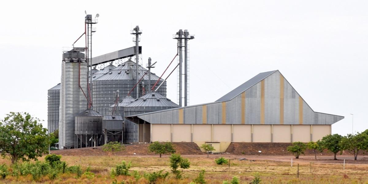 You are currently viewing Governo afirma que fará leilão ou cessão onerosa dos silos de grãos