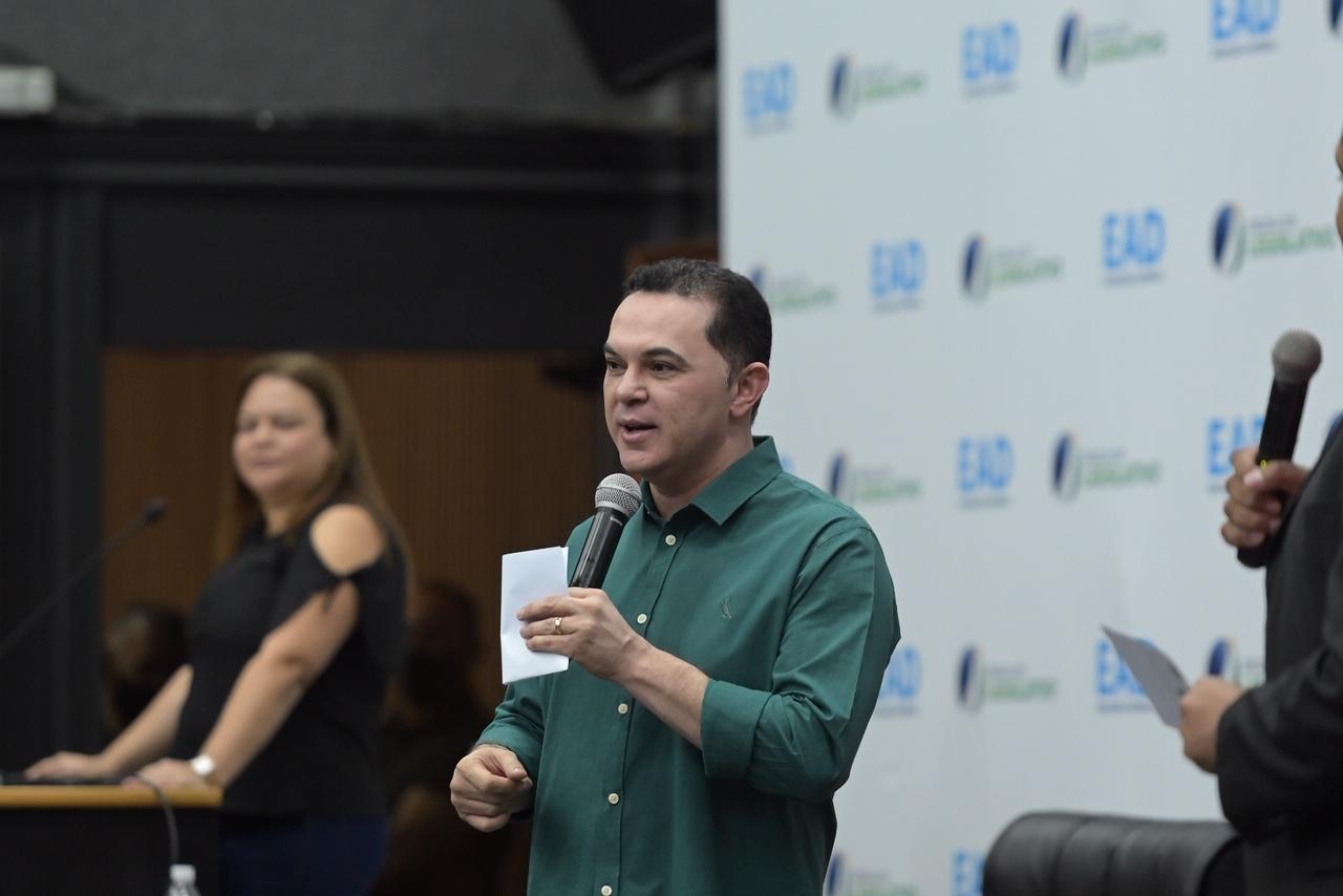 Jalser anuncia mais 2 mil vagas em preparatório para concurso da Sejuc