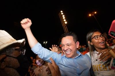 Veja destaca Ottacicomo único deputado federal de RR a abrir mão do salário para se candidatar à Prefeitura