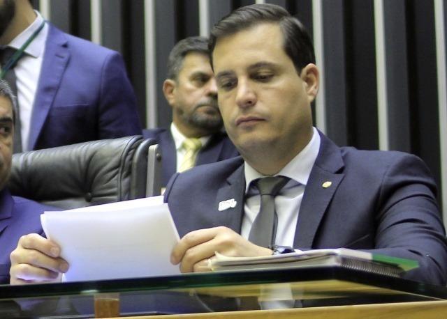 Candidato a prefeito causa polêmica ao dizer que 'Venezuelano não terá privilégio'
