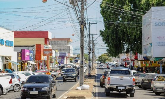 Prefeitura pode voltar a paralisar comércio e atividades