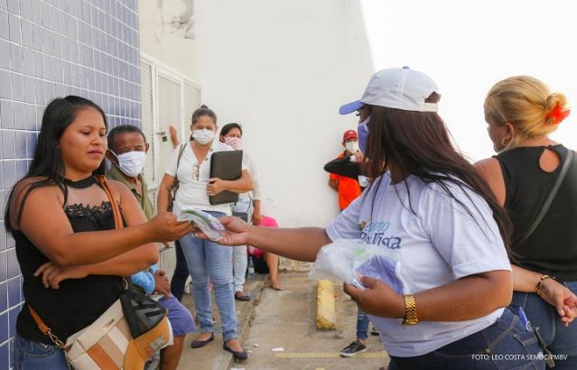 You are currently viewing CONTRADITÓRIO: Prefeitura coloca servidores nas ruas para defender isolamento