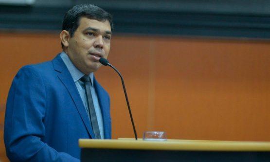 Chefe da Casa Civil pede exoneração do cargo