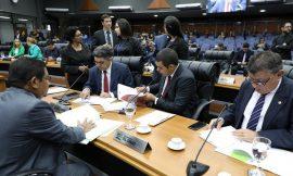 Deputados convocam sessão extraordinária para eleger nova mesa diretora nesta sexta