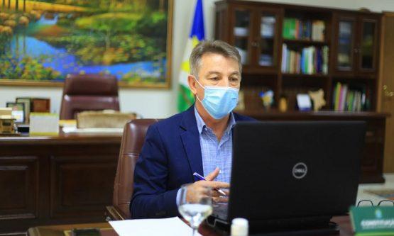 Governador de Roraima negocia compra de vacinas para população