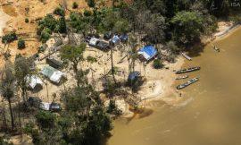 Justiça Federal determina multa diária de R$ 1 milhão caso não haja retirada de garimpeiros da Terra Yanomami
