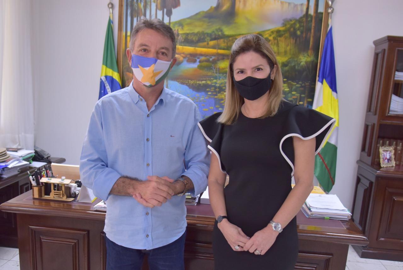 You are currently viewing Denarium nomeia Gerlane Baccarin como secretária do Governo em Brasília