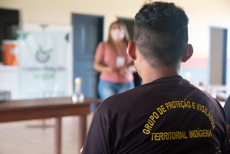 Moradores da comunidade Napoleão participam do curso Capacitação Legal