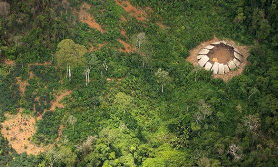 Conflito entre garimpeiros e indígenas na reserva Yanomami deixa cinco feridos