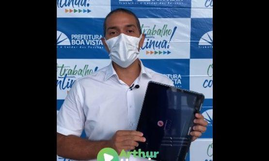 Alvo de investigação do MP, Prefeitura entrega notebooks adquiridos por R$ 16 milhões