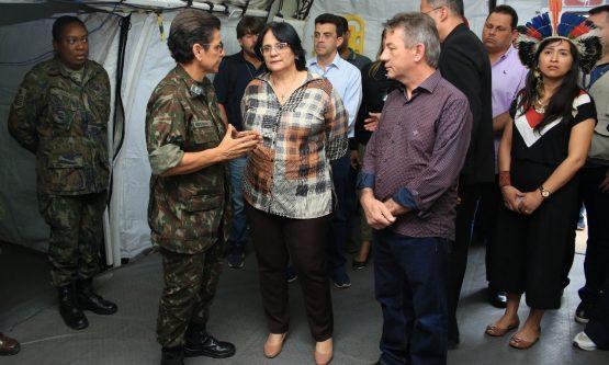 Ministra Damares Alves visita Roraima para entrega veículos e ações de diretos humanos