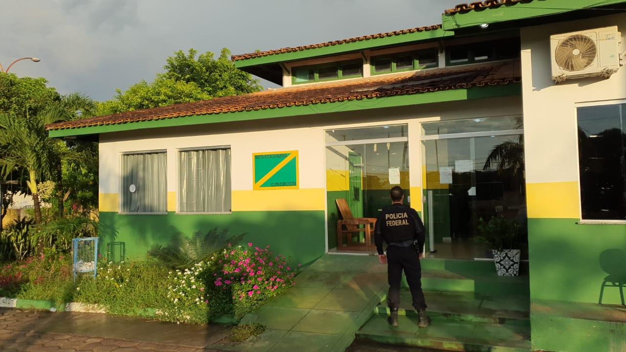 You are currently viewing PF faz operação após desvios de R$ 4 milhões no combate à Covid-19 em Rorainópolis
