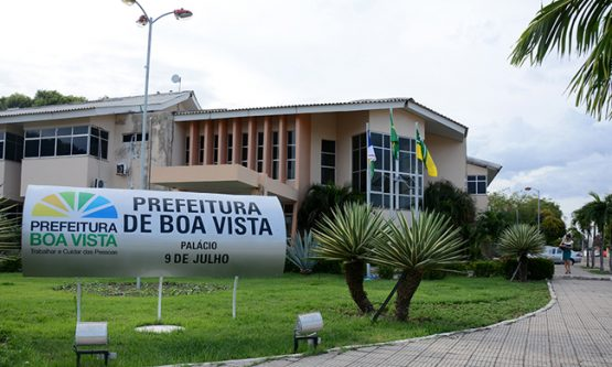 Prefeitura vai gastar mais de meio milhão de reais em brindes personalizados