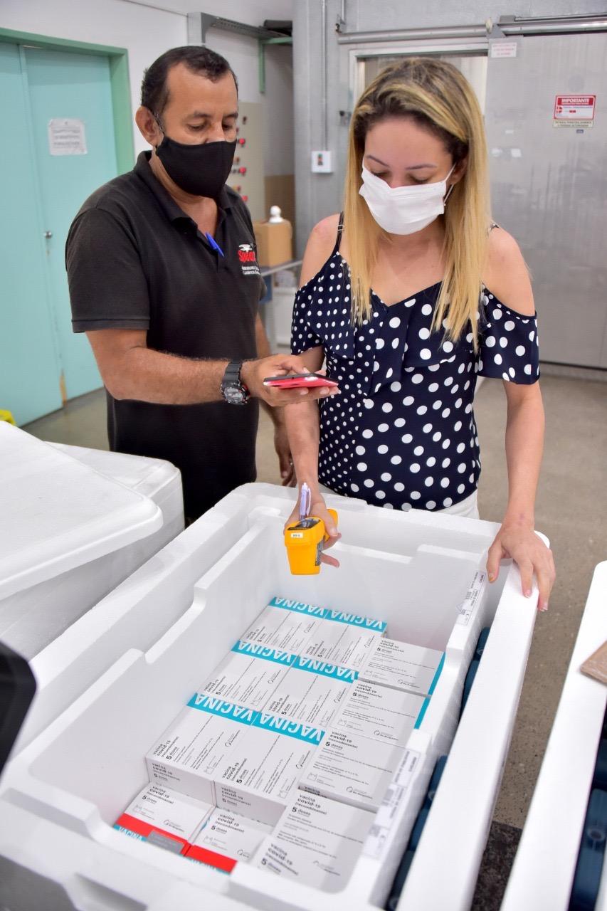 You are currently viewing Governo libera vacina de reforço para idosos na capital e no interior