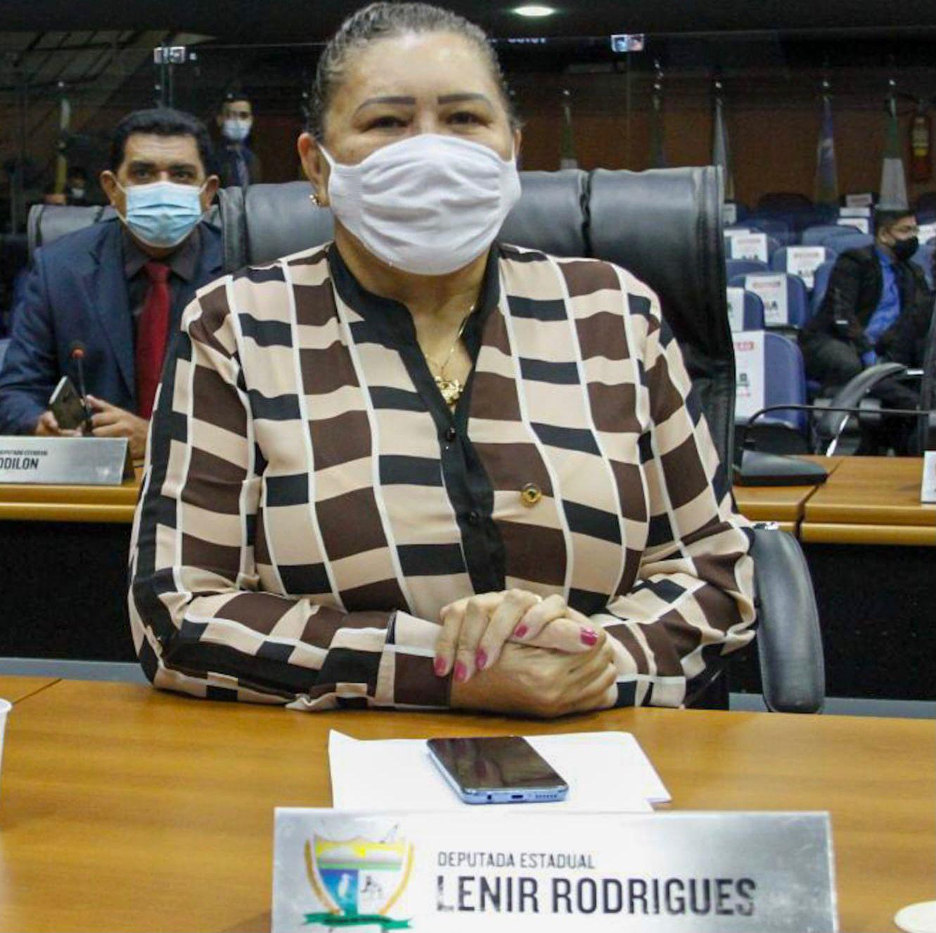 You are currently viewing Deputados aprovam projeto que prevê barateamento de produtos em Roraima