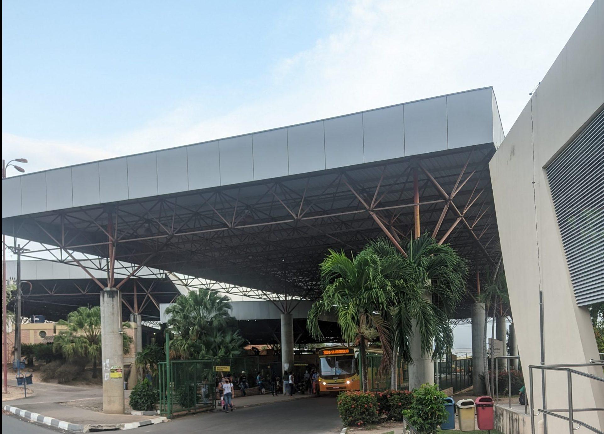 You are currently viewing Vereador cobra instalação de recipientes com álcool nos terminais de ônibus de Boa Vista