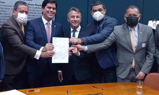 Antonio Denarium oficializa filiação ao PP
