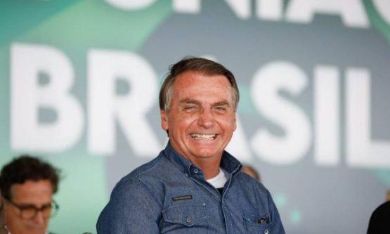Bolsonaro vem a Roraima para visita a abrigo de imigrantes e culto em igreja evangélica